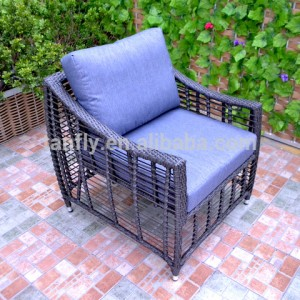 Outdoor patio furniture sofa set garden use PE rattan wicker sofa